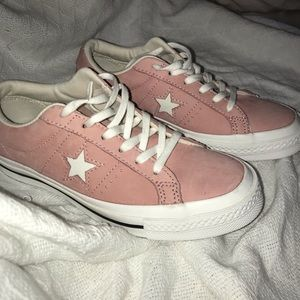 Shoes - pastel pink converse